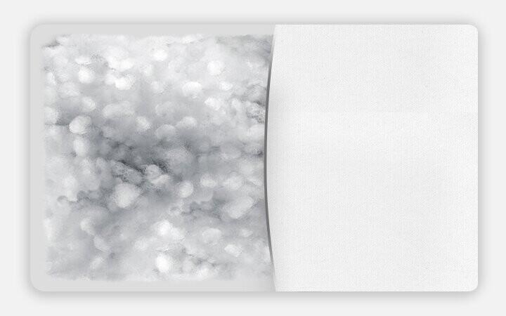 Silikonize ve boncuk elyaf doğası gereği yumuşak ve hafiftir. Sıcak tutan yapısıyla uygun uyku ortamı sunar.