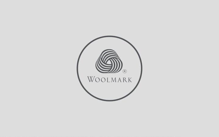 Dünyanın en saf yünü Woolmark® doğal yapısı sayesinde nefes alır, kalp ritmini rahatlatır ve vücut sıcaklığını dengeler.